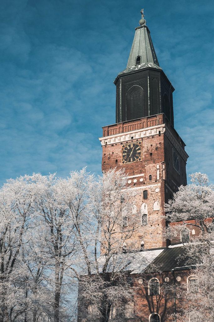 フィンランド、トゥルクの大聖堂 photo by instagram @alechan_fin